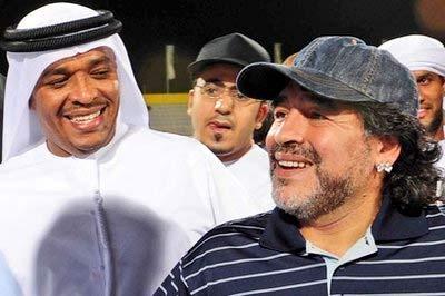 Maradona trong chuyến thăm Al Wasl tuần trước.