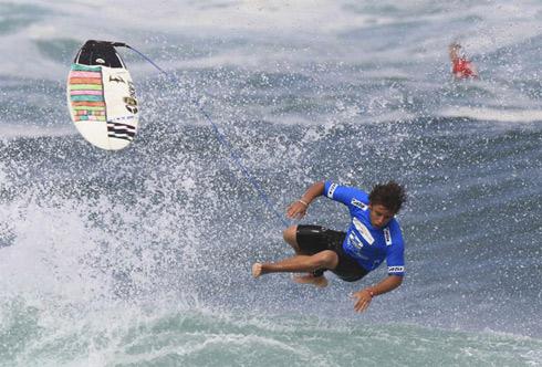 surfing2-1305651600.jpg