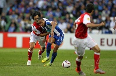 Braga đã chọn chiến thuật phòng ngự phản công để đối phó Porto.