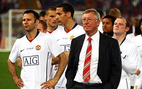 Ferguson đang đứng trước cơ hội lần thứ ba lập cú đúp vô địch Ngoại hạng Anh và đăng quang ở Champions League.