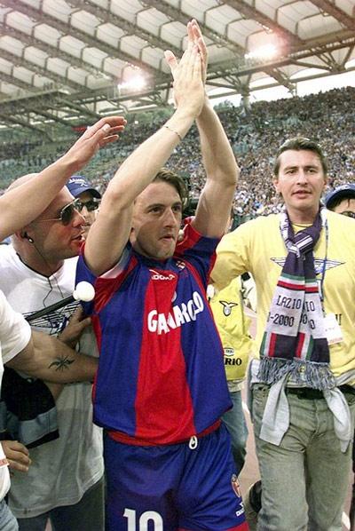 Signori từng là thần thượng một thời của đông đảo tifosi Lazio, Bologna.