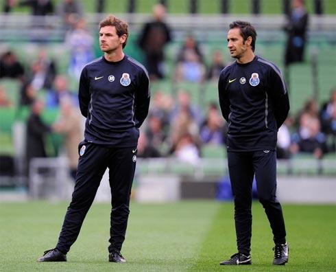 Vitor Pereira (phải) và Villas Boas là ê-kíp ăn ý trong thành công của Porto mùa giải vừa qua.