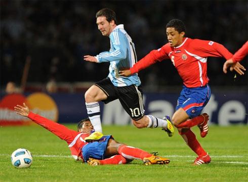 Messi không ghi bàn, nhưng vẫn được bầu làm Cầu thủ hay nhất trận nhờ chói sáng trong vai trò tạo cảm hứng cho tuyển Argentina.