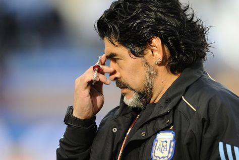 Maradona luôn được giới hâm mộ Argentina tôn thờ nhờ chức vô địch World Cup 1986.