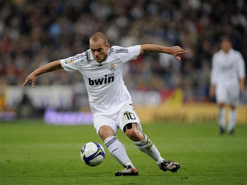 Sneijder-1311440400.jpg