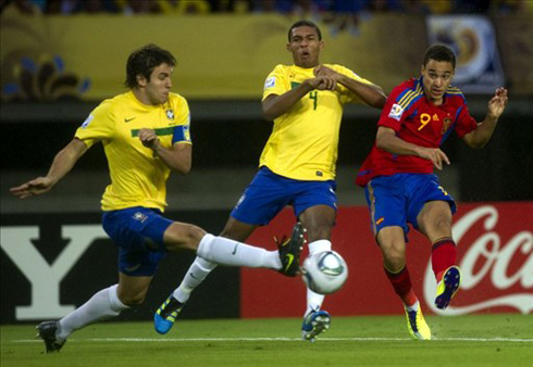 Dứt điểm không hiệu quả là một lý do khiến Tây Ban Nha không thể chiến thắng dù áp đảo về số cú sút. Ảnh: AFP.