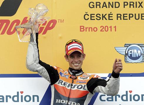 Stoner vui mừng với chiến thắng quan trọng ở Brno.