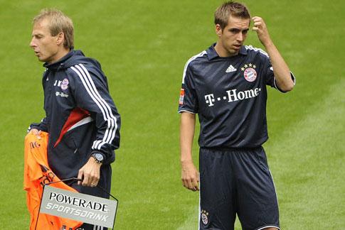 Lahm bị cho là xấc láo khi mô tả Klinsmann là một HLV kém về chiến thuật.