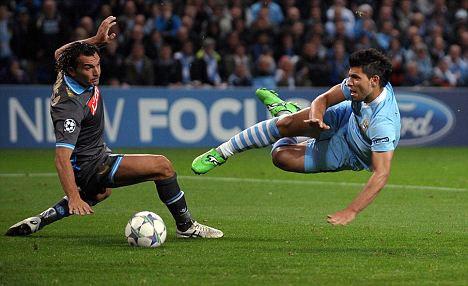 Aguero từ cuối tuần này sẽ mang giày đấu của Puma.