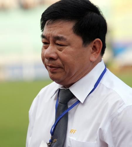Chủ tịch Hội đồng trọng tài Nguyễn Văn Mùi cũng sẽ được VFF thay thế. Ảnh: An Nhơn.