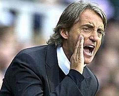 HLV Mancini còn nhiều điều phải làm với dàn sao của Man City.
