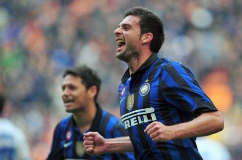 Inter lần đầu thắng trận trên sân nhà ở Serie A.