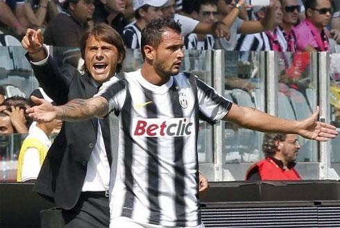 Juventus của Conte vẫn chưa chơi với phong độ và vị thế cần có ở một ông lớn.