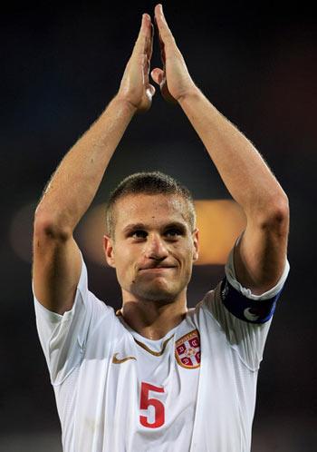 Vidic không có thành công ở đội tuyển như tại Man Utd.