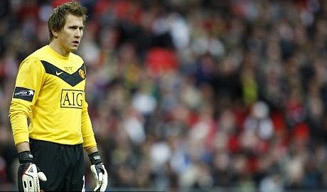 Kuszczack chưa tìm được chỗ đứng ở Man Utd dù đã có gần 5 năm ở đây.