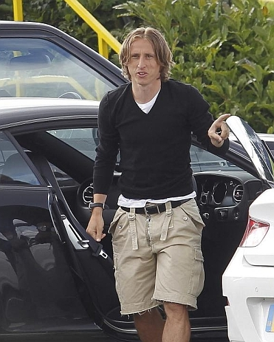 Modric-Spurs-Lodge-1343087875_480x0.jpg