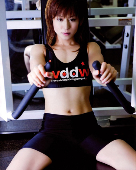Nữ đô vật gợi cảm trên sàn đấu Nhật Bản