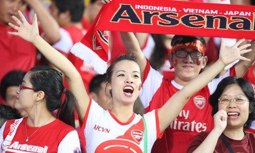 Fan Việt Nam như được sống trong bầu không khí bóng đá đỉnh cao suốt ba ngày Arsenal du đấu tại Hà Nội- the thao - vnexpress