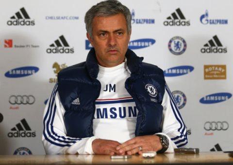 Mourinho chỉ mơ vào Top 4