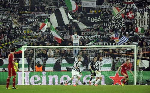 Heineken-UEFA-Champions-League-2013-Hein