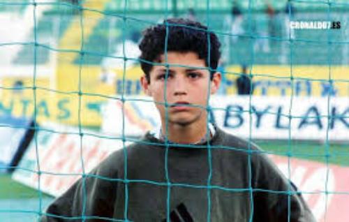 Ronaldo đánh nhau với xã hội đen năm 15 tuổi
