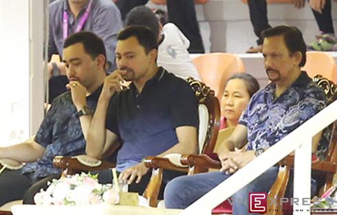 Vua Brunei tặng đội U19 Việt Nam nửa tỷ đồng