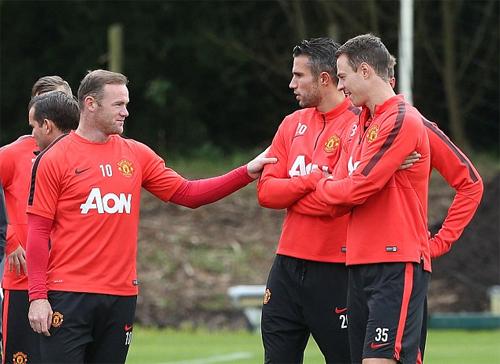 Man Utd đón tin vui từ Van Persie