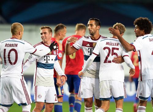 Muller lập công, Bayern thắng trận thứ 100 ở Champions League