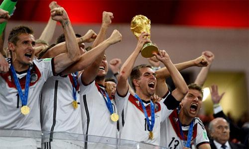 Platini: 'Quả bóng Vàng 2014 không nên thuộc về Ronaldo, Messi'