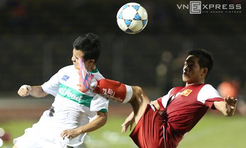 Những pha bỏ bóng đá người của U21 Việt Nam