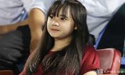 Thiếu nữ miền Tây cuồng nhiệt cùng U19 HAGL