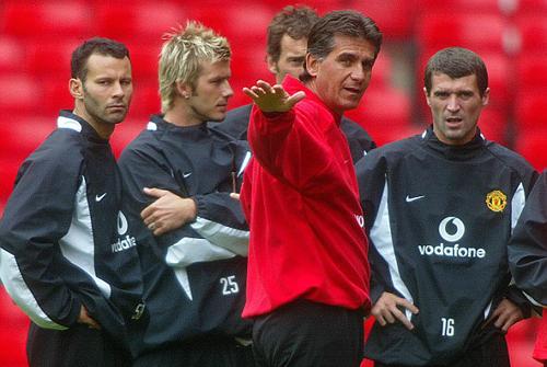 Keane và cuộc khẩu chiến nảy lửa trong văn phòng của Alex Ferguson