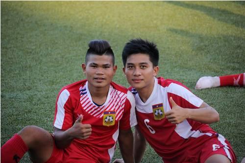 Lào đem cầu thủ học lớp 10 dự AFF Cup 2014