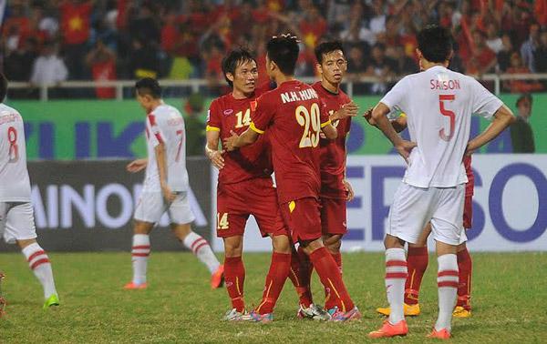 Việt Nam 3-0 Lào: Dấu ấn nhà cầm quân