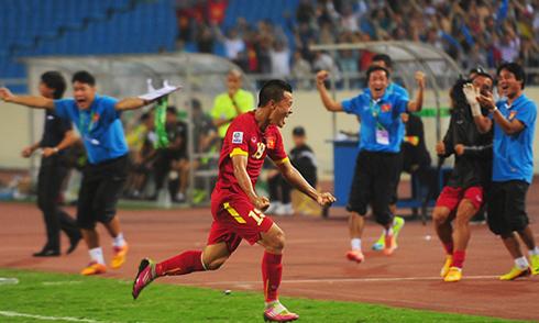 Việt Nam 3-1 Philippines: Hiên ngang vào bán kết