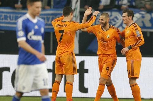 Schalke-6277-1418684233.jpg