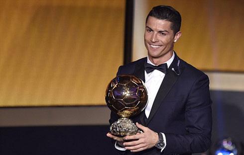Ronaldo giành Quả bóng vàng 2014