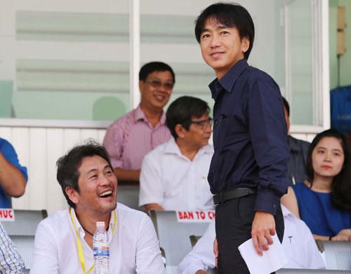HLV Miura lần đầu vào Pleiku xem Hoàng Anh Gia Lai