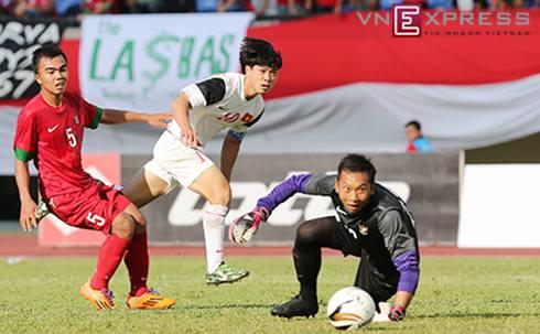 Lứa Công Phượng, Tuấn Anh của Olympic Việt Nam từng ba lần chạm trán và thắng nhiều hơn trước các đối thủ bên phía Olympic Indonesia ở cấp độ U19 trong năm 2013 và 2014. Ảnh: Đức Đồng.