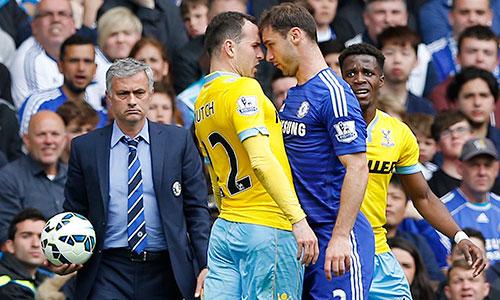 Mourinho-Chelsea-v-Palace-8445-143112453