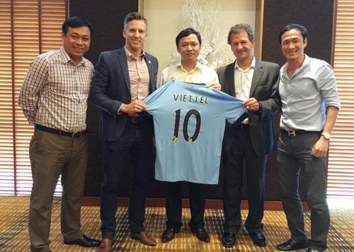 Man City lên kế hoạch mở Học viện bóng đá tại Việt Nam
