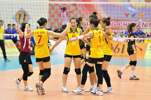 Tuyển bóng chuyền nữ gây địa chấn ở giải châu Á