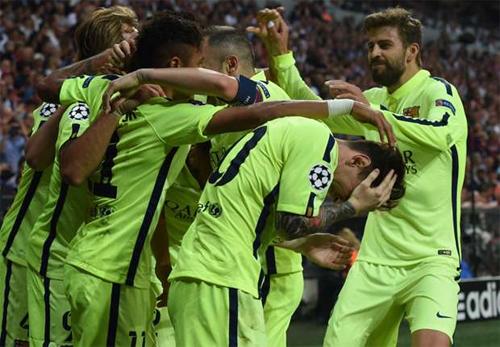 Torricelli: 'Juventus cần súng và bom để đánh bại Barcelona'