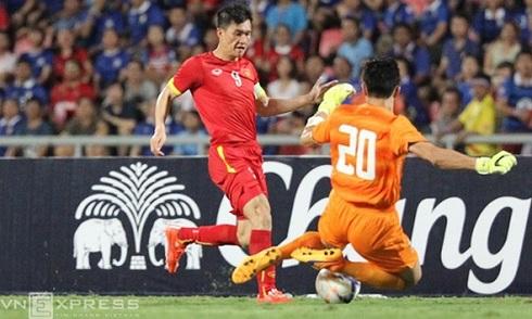 Mất người, Việt Nam thua 0-1 trước Thái Lan