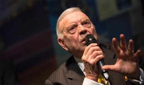 Cựu Chủ tịch LĐBĐ Brazil từng ăn cắp huy chương