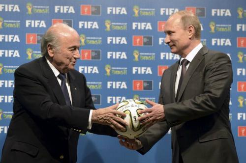 Putin: 'Mỹ muốn Nga mất quyền đăng cai World Cup 2018'
