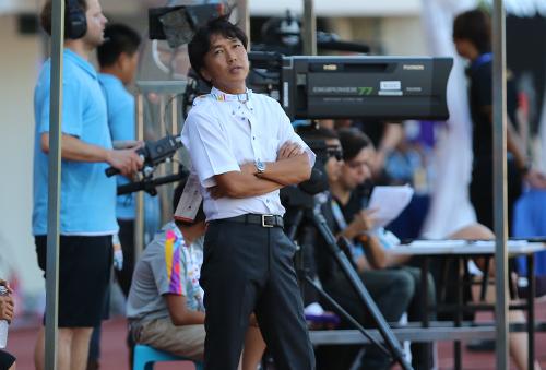 HLV Miura: 'Phải điều chỉnh giữa hiệp U23 Việt Nam mới ghi được nhiều bàn'
