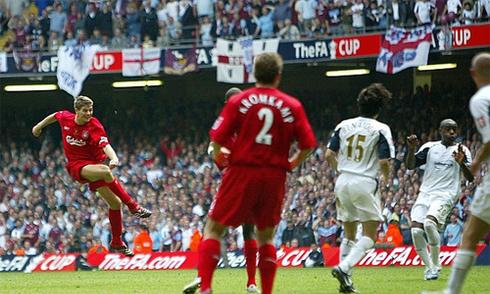 Bàn của Gerrard đẹp nhất các trận chung kết Cup FA 50 năm qua