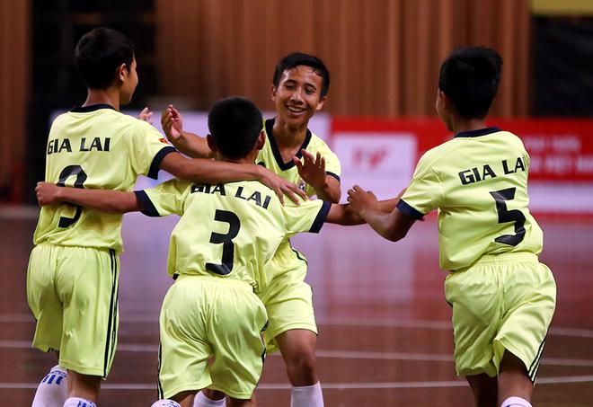 Gia Lai vô địch giải bóng đá trẻ em đặc biệt