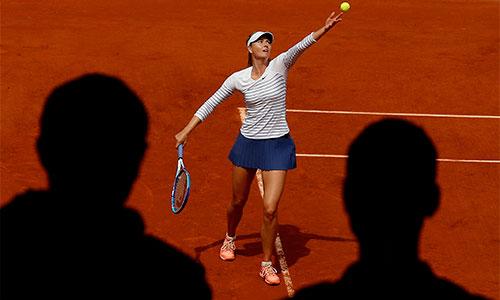 Sharapova thua sốc tại vòng bốn Roland Garros